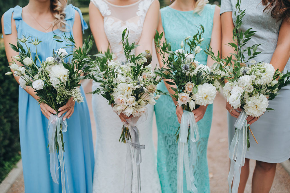 Bridesmaid Trends - Different Color, Different Dress