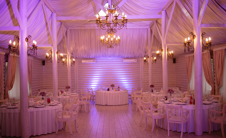 upscale barn wedding ideas