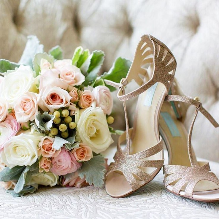 Real Wedding Moment: Blush Pink Tee Strappy Heels with Bouquet