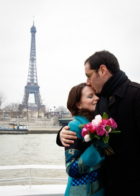 Newly weds by Eiffel Tower, Paris