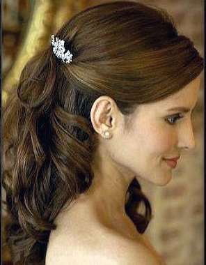 Bride with long hairstyle