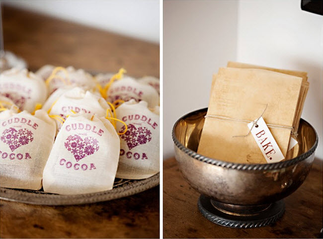 DIY Wedding Favors: A Mini Recipe Book and Edible