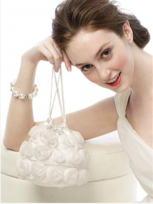white ruffle handbag for bridesmaid