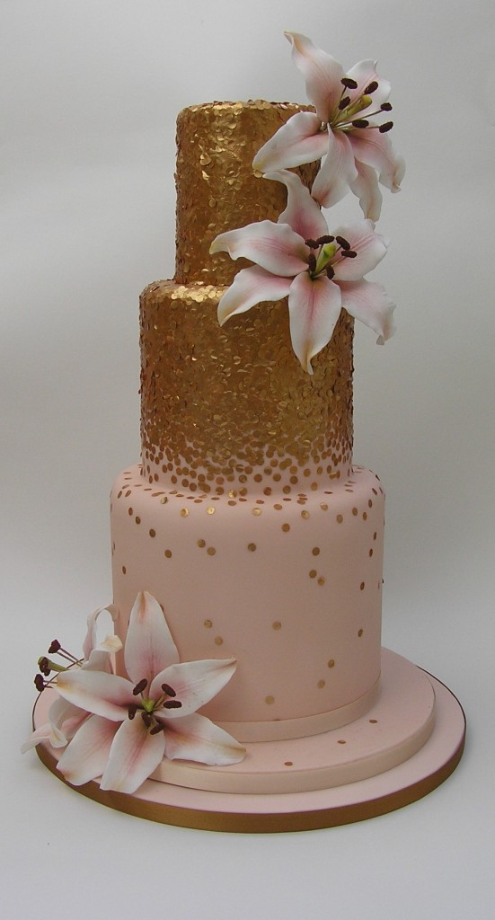 gold sequinned wedding cakes