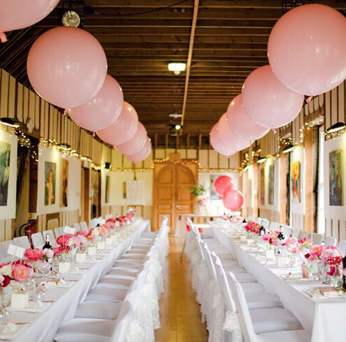 The perfect Wedding Breakfast layout by Bubblegum Balloons