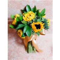Using Sunflowers To Decorate Your Wedding